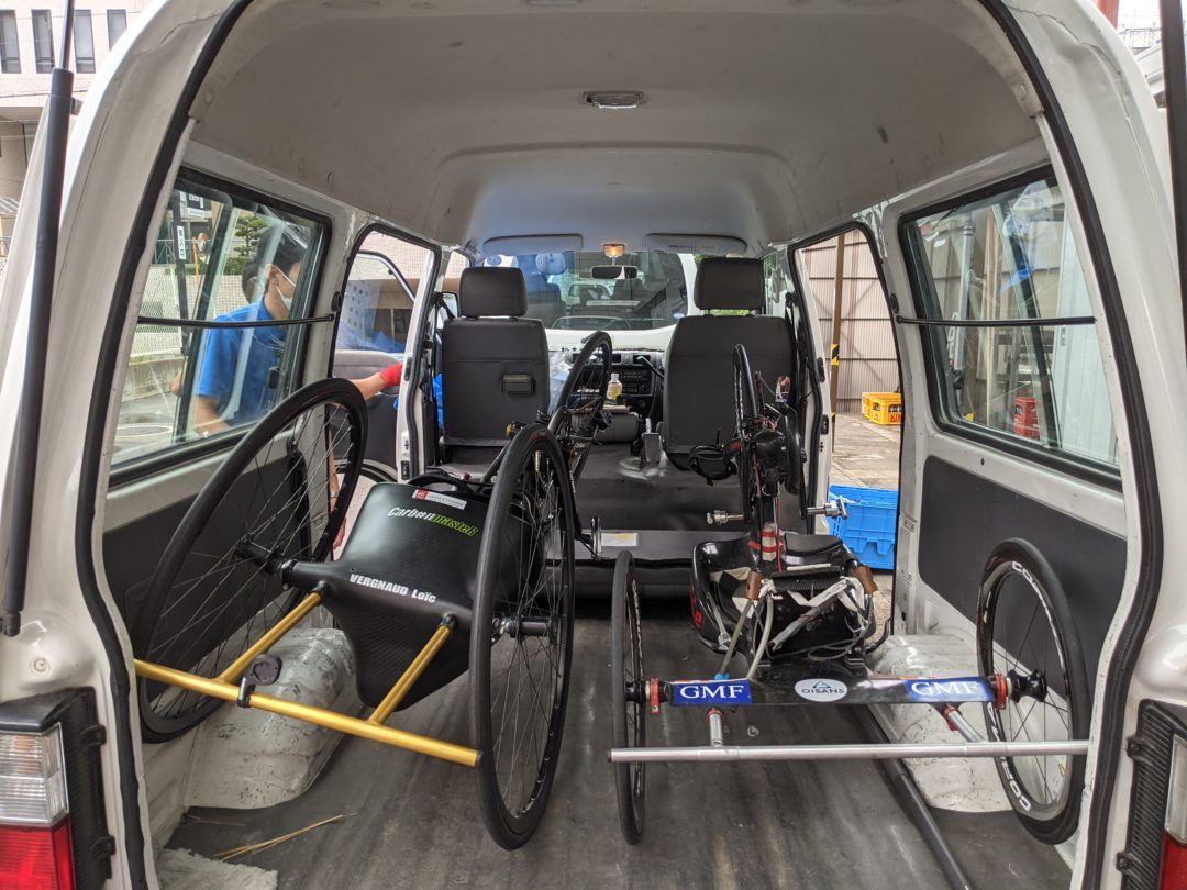 French Paralympic Cycling Team transport