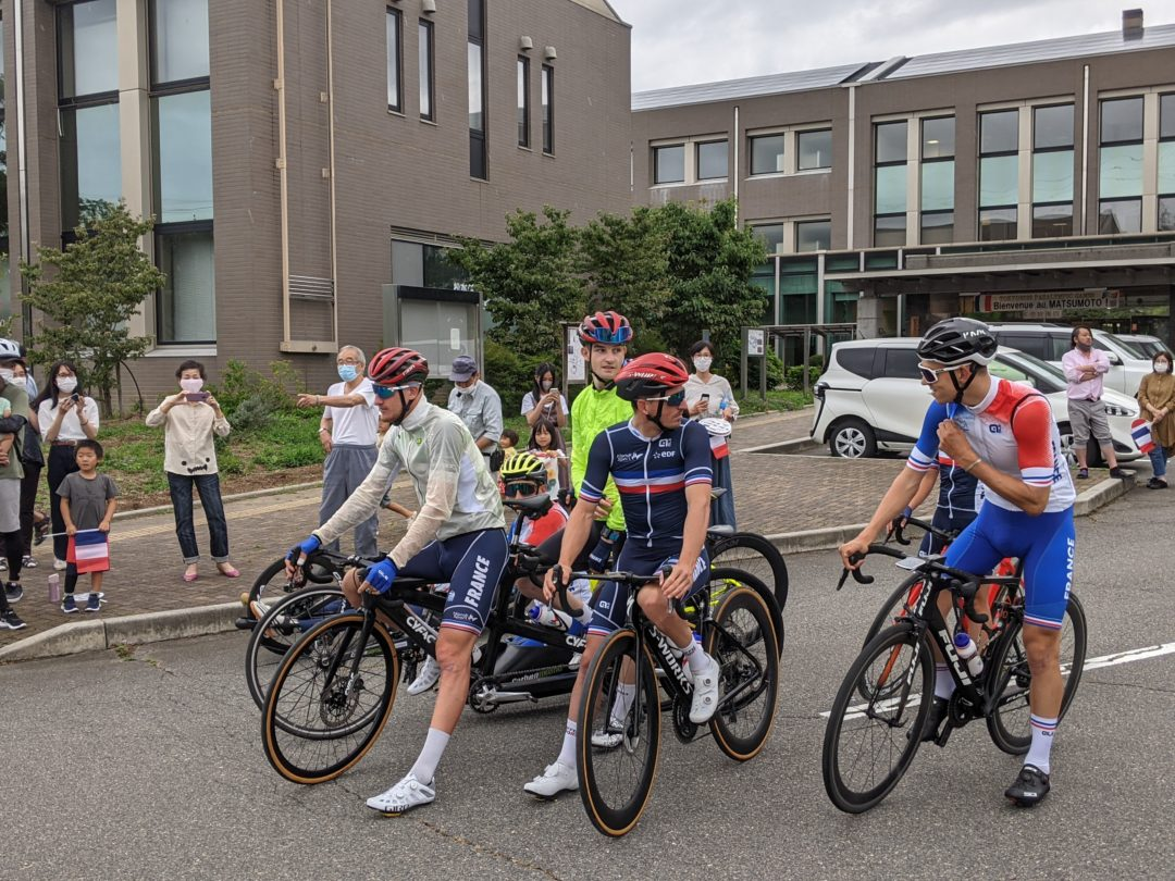 French Paralympic Cycling Team outdoor