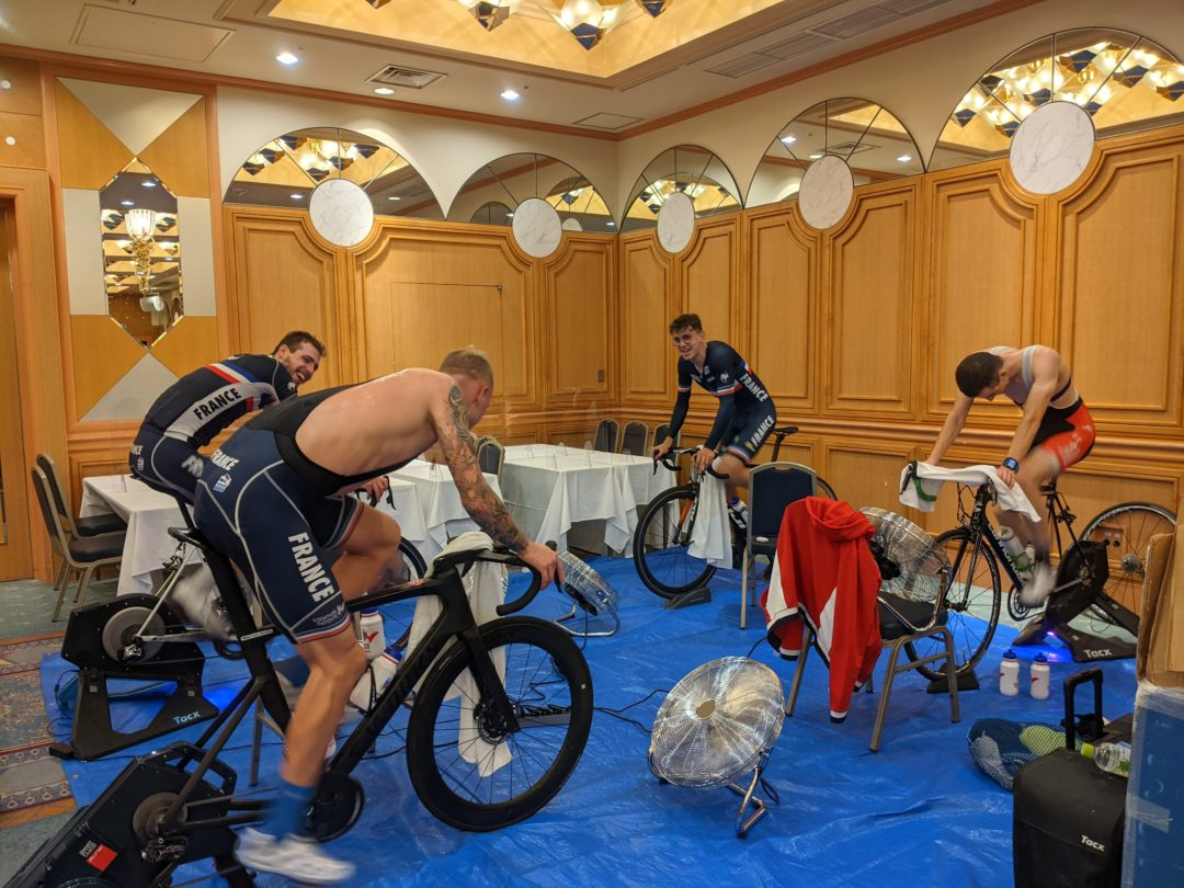 French Paralympic Cycling Team indoor